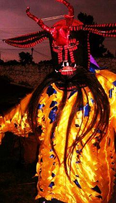 cultura oaxaca diablos mexico guelaguetza danza m